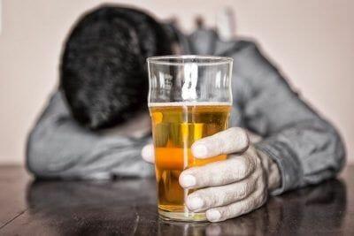saber alcoholismo